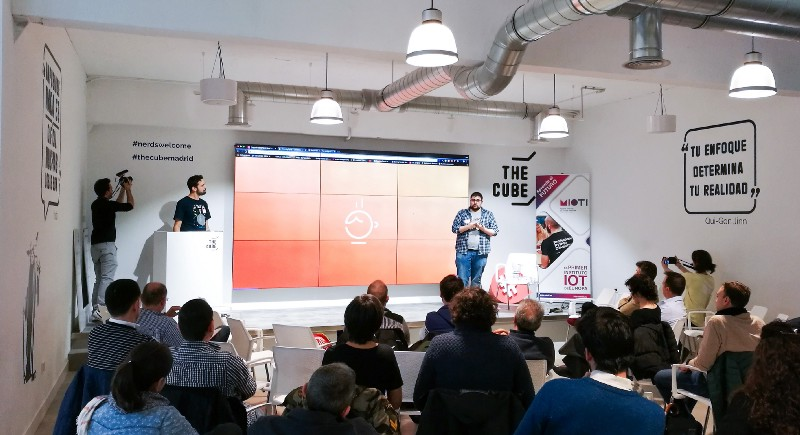 Meetup: IoT, epicentro de la era cognitiva